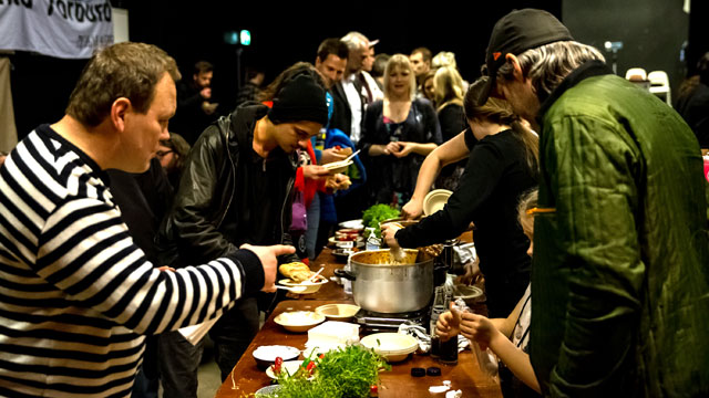 640x360-concarne-Chili-And-Chill-Out-09-04-2014---048